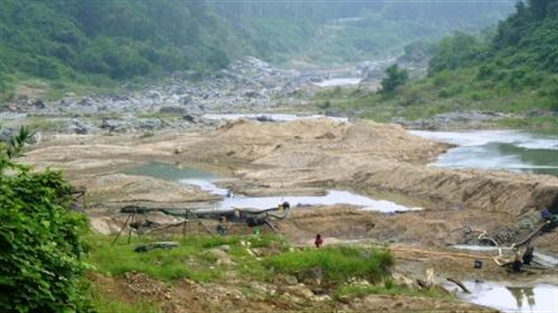 Đà Nẵng nhiễm mặn, thủy điện không cứu?