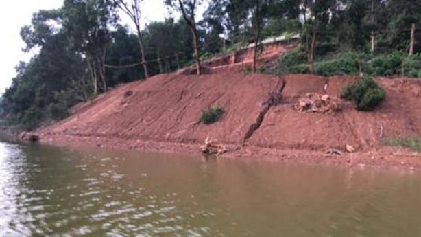 San lấp trái phép hồ Đồng Mô: Doanh nghiệp nói... mượn tạm