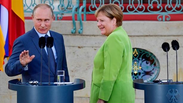 Tổng thống Putin muốn giảng hòa với EU, Mỹ sắp thương chiến