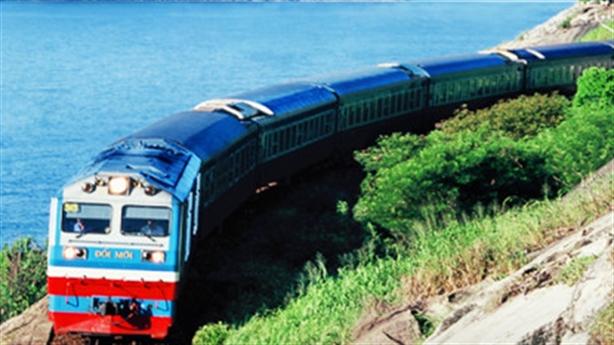 Đường sắt muốn xây trung tâm thương mại: Không nên