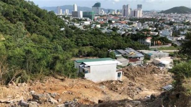 Khánh Hòa xẻ núi, lấn biển, lấp sông làm dự án