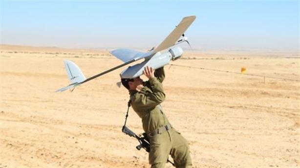 Máy bay trinh sát Israel bị bắn hạ khi dò la Gaza