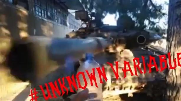 'Cú đá mở nắp chai' cực đỉnh của T-90A Syria