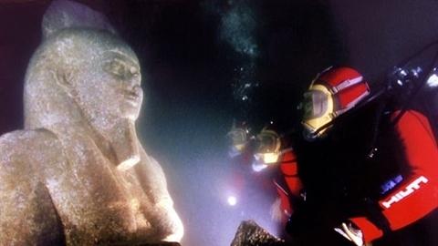 Tìm thấy kho báu trong 'Atlantis của Ai Cập' chìm dưới biển