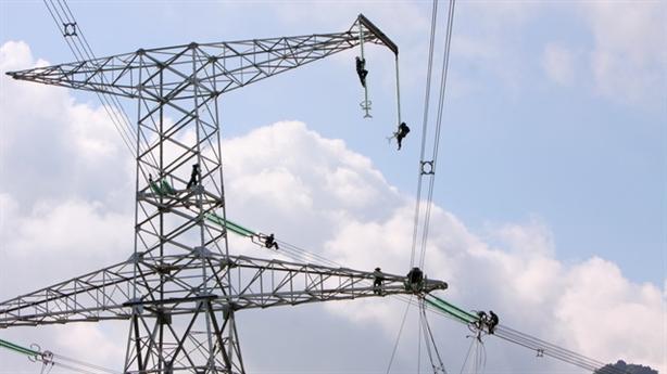 Thừa điện, thiếu đường dây:Độc quyền nhà nước thành độc quyền DN