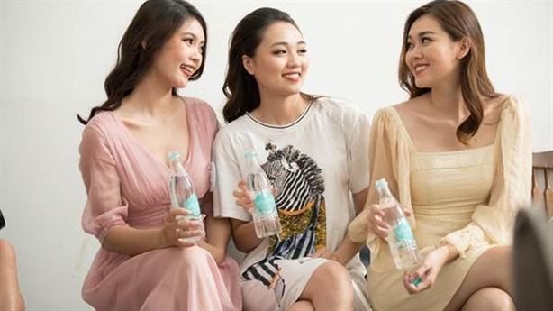 Thức uống khiến thí sinh Miss World VN mê mẩn