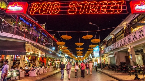 Nghiên cứu kinh tế ban đêm: Việt Nam nên học ai?