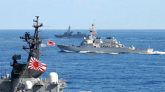 Mỹ tuần tra ngoài Biển Đông, Trung Quốc cảnh báo tên lửa