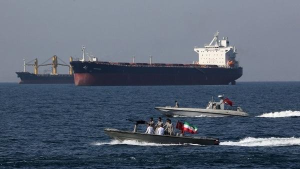 Iran tuyên bố không khuất phục trước đòn thù của Mỹ