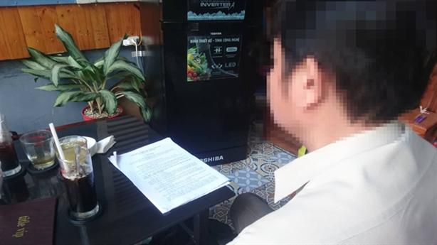 Phó Hiệu trưởng bị lộ ảnh nóng qua email: 'Ảnh cá nhân'