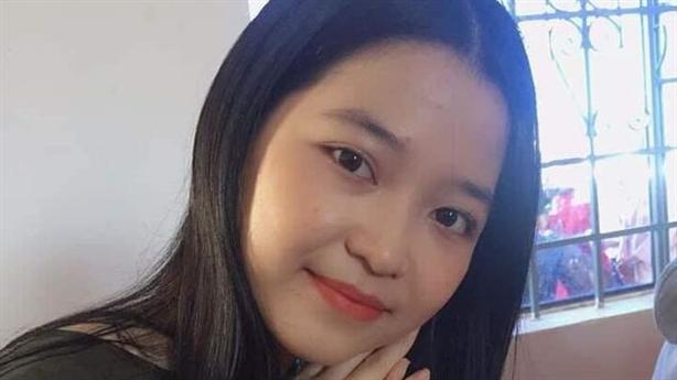 Nữ sinh xinh đẹp mất tích: 'Đi cùng thanh niên trẻ tuổi'