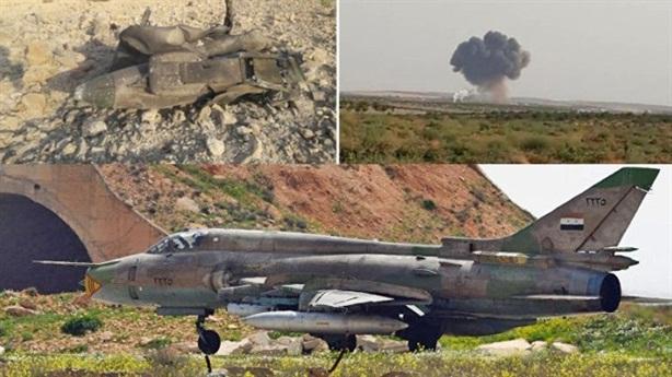 Phi công Su-22 mang vũ khí thoát thân khi bị bắn rơi?