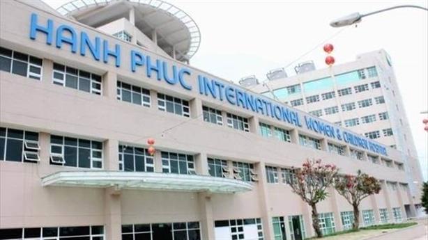Hàng loạt bệnh viện tự phong danh 'quốc tế'