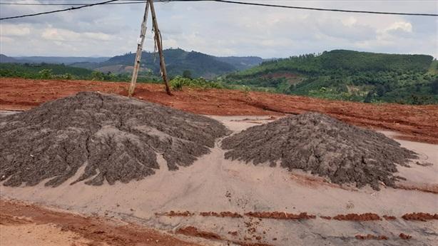 Đổ chất thải Alumin Nhân Cơ ra môi trường: Độc hại lắm