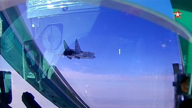 Nga cho MiG-31BM tập đánh mục tiêu gì ở trần bay 20km?