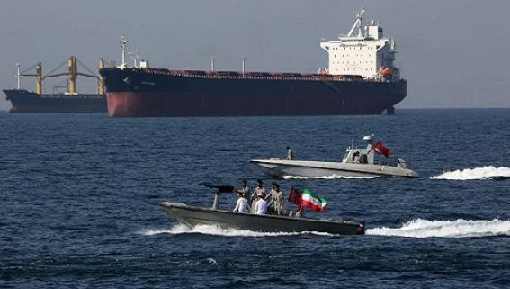 Đề phòng 'kẻ cướp', Iran điều chiến hạm hộ tống Grace 1