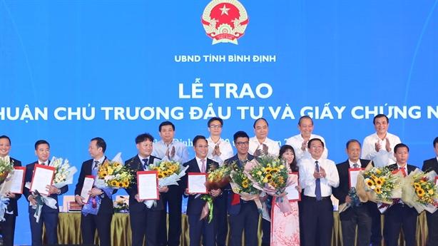 Hơn 36.000 tỷ đồng đầu tư mới sắp được'rót'vào tỉnh Bình Định