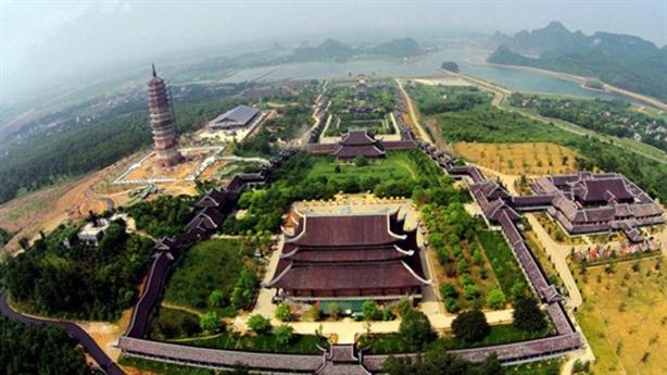 Giao đất cho doanh nghiệp xây chùa: Đề nghị của ĐBQH