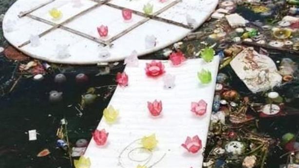 Tố thả 30.000 hoa đăng gây ô nhiễm: Bao nhiêu là đủ?