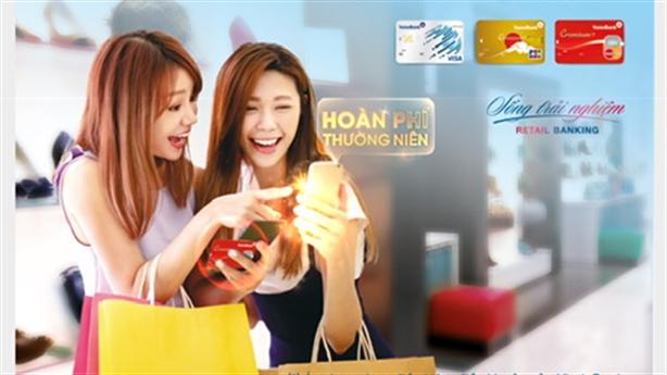 Ưu đãi hoàn phí thường niên cho chủ thẻ TDQT VietinBank