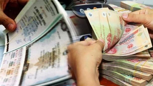 Ngân hàng say sưa trái phiếu doanh nghiệp để đảo nợ?