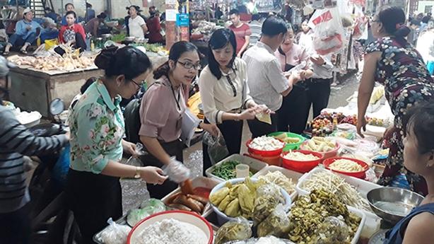 Hà Nội sẽ phát phiếu khảo sát về an toàn