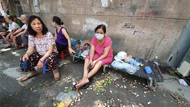 Cảnh báo ô nhiễm sau vụ cháy kho Rạng Đông