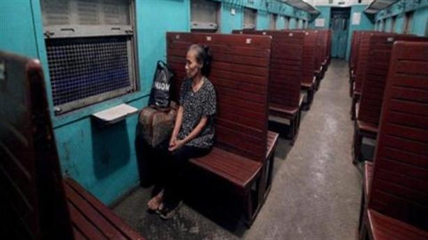 Đường sắt xin bù lỗ và tinh thần công chức