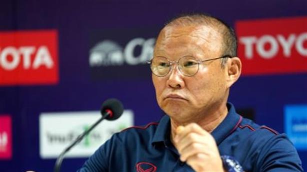 Thái Lan đấu tuyển Việt Nam: Ông Park dùng tâm lý chiến