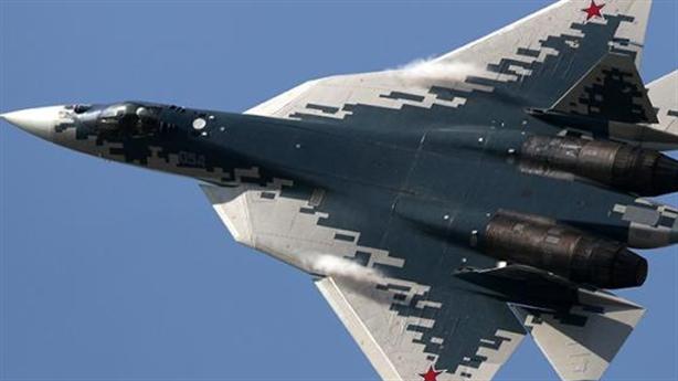 Liệu Su-57 có thể tự bảo vệ mình trong không chiến?