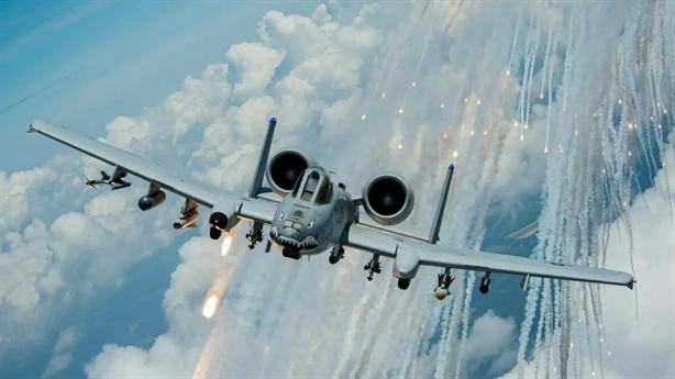 Mỹ nâng cấp A-10 sau vụ dội tên lửa nhầm