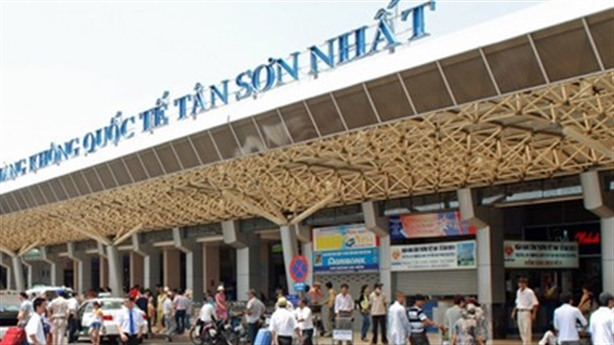 Bộ GTVT lại xin cấp tiền sửa sân bay