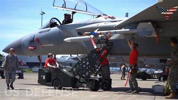 F-15EX Strike Eagle mang số tên lửa bằng Su-27, Su-35 cộng lại