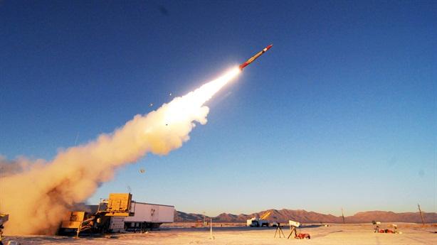 Sáu hệ thống Patriot cùng khai hỏa vẫn bắn trượt UAV