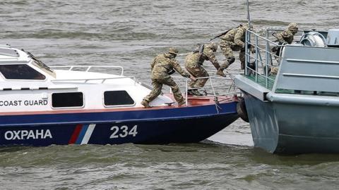 3 binh sĩ Nga bị thương khi bắt tàu Triều Tiên
