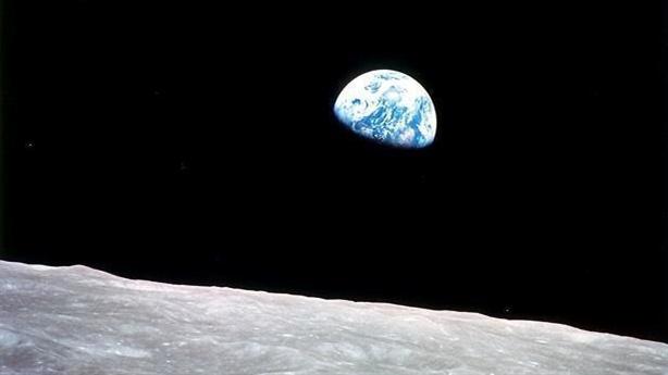 NASA khó trở lại Mặt Trăng vào năm 2024