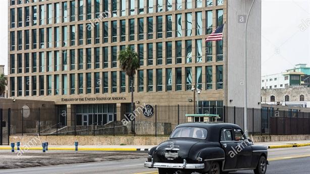 Nhà ngoại giao Mỹ, Canada ở Cuba nhiễm chất độc thần kinh?