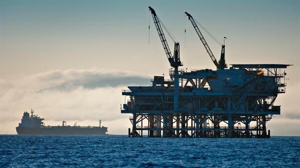 Trung Quốc giảm nhập dầu, Mỹ có hề hấn?