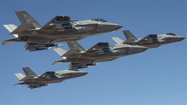 F-35 khoe chế độ quái thú sau khi xuất hiện gần Nga