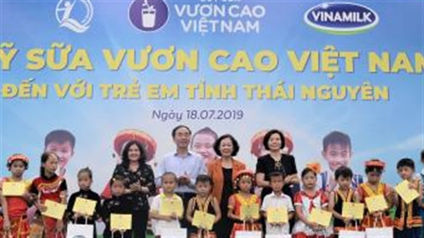 """Vinamilk và sứ mệnh: """"Mọi trẻ em được uống sữa mỗi ngày"""""""
