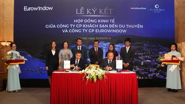Eurowindow ký hợp tác với Chủ đầu tư Swisstouches La Luna Resort
