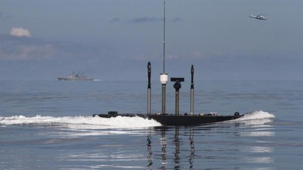 Tàu ngầm Nga luyện cách tránh đòn đối phương
