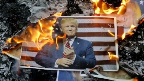Iran tung cảnh cáo sắc lạnh với Mỹ