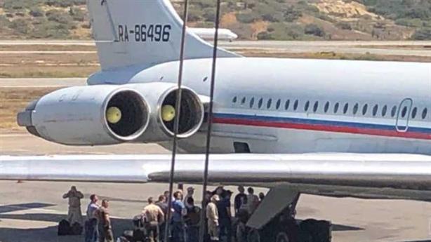 Nga đưa thêm chuyên gia đến Venezuela, tăng cường giúp đỡ