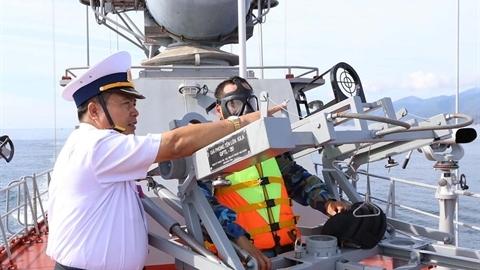 Trang bị giá phóng tên lửa nội địa cho tàu tuần tra