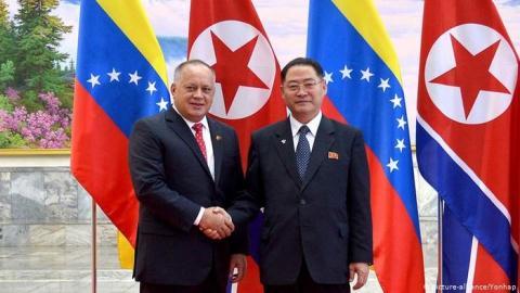 Venezuela, Triều Tiên siết chặt tay trước sức ép từ Mỹ