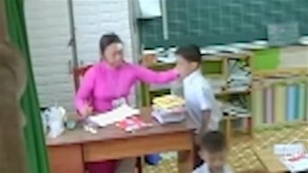 Camera nói thật: Cô giáo không phải mẹ hiền