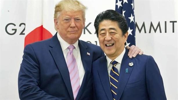 Tổng thống Donald Trump chúc nhầm sinh nhật ông Abe