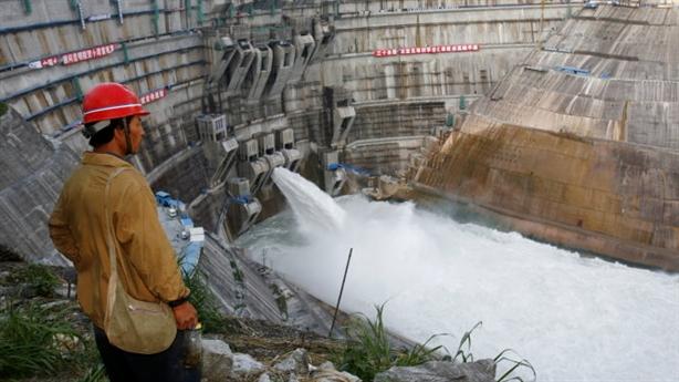 Trung Quốc xây đập trên Mekong: Việt Nam giải bài toán khó...