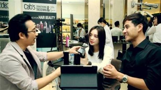 Quỳnh Kool chia sẻ cách chống rụng tóc bằng thảo dược